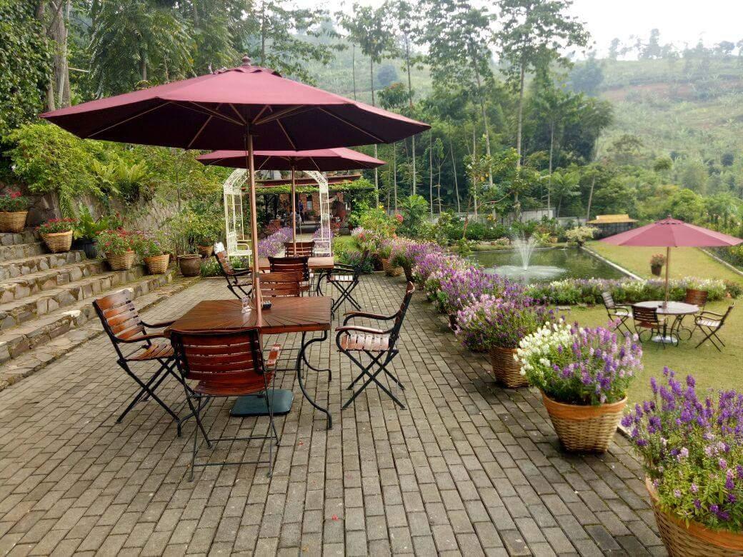 Tempat Ngopi Kekinian Yang Pas Untuk Santai di Bandung